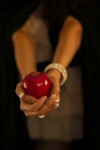 apple-91137_1920